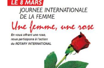 Une femme, une rose